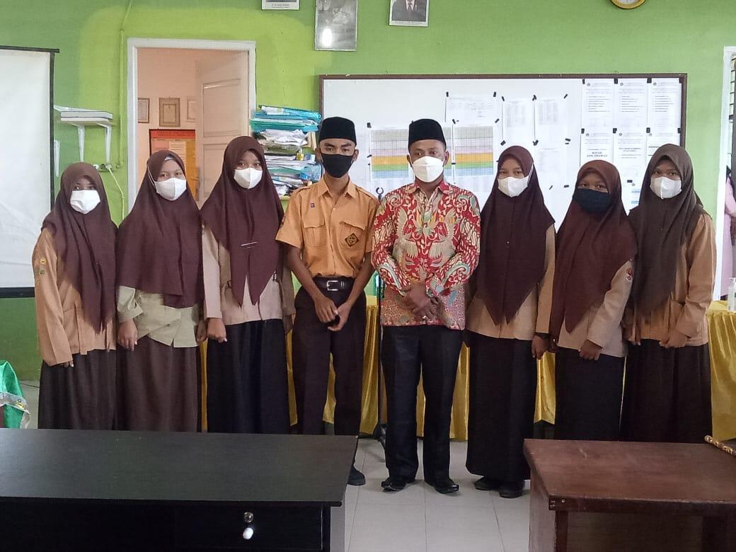 MAN 1 Tapanuli Tengah Targetkan Juara Tingkat Provinsi dalam Kompetisi Sains Madrasah (KSM)
